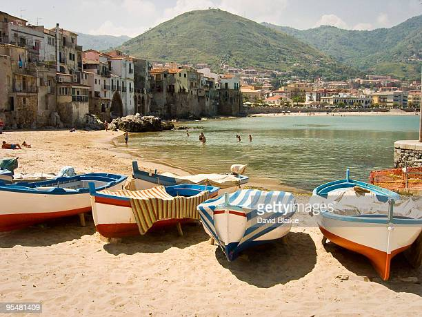 cefalu sicily - sicily stock pictures, royalty-free photos & images