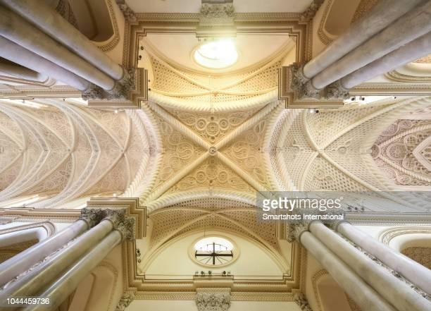 ceiling decoration inside erice's duomo cathedral in sicily, italy - simmetria foto e immagini stock