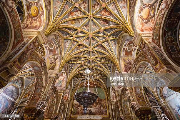 ceiling of the chapel of the sacrarium, mesquita cordoba. ceiling - renaissance stock-fotos und bilder