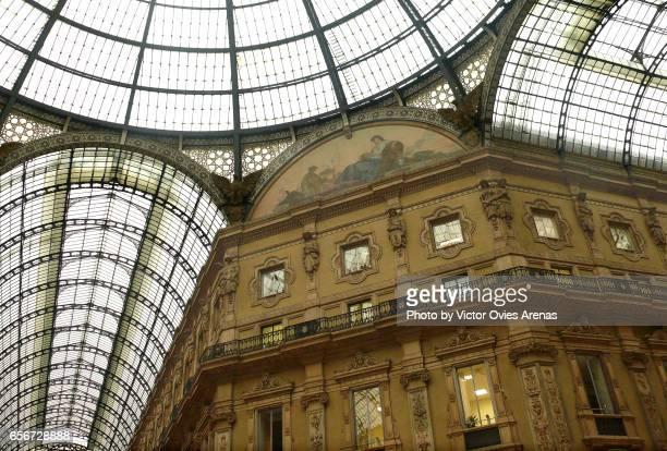 ceiling of the galleria vittorio emanuele ii in milan, italy - victor ovies fotografías e imágenes de stock