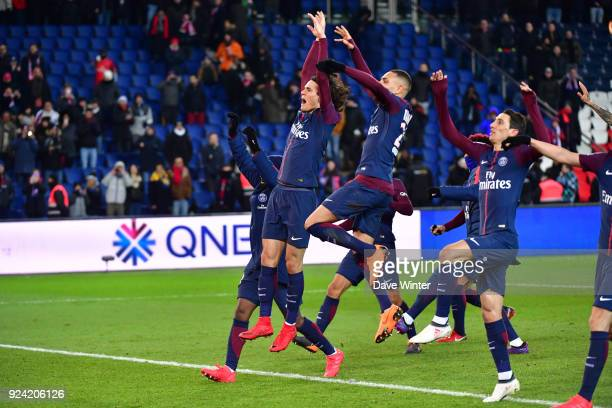 Celebrate winning the Ligue 1 match between Paris Saint Germain and Olympique Marseille at Parc des Princes on February 25, 2018 in Paris, France.