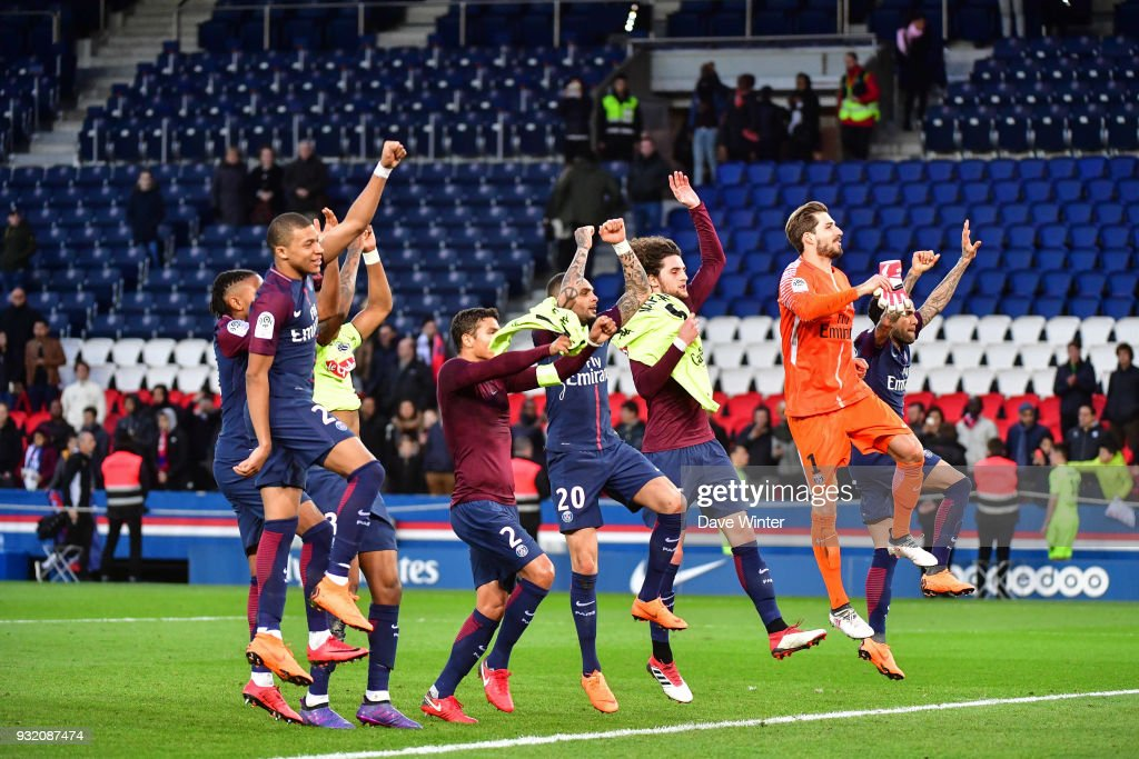 PSG celebrate winning the Ligue 1 match between Paris Saint Germain (PSG) and Angers SCO on March 14, 2018 in Paris, France.