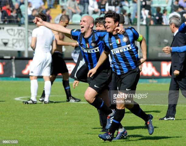 Celebrates of Esteban Cambiasso and Javier Zanetti of FC Internazionale Milano after the first goal during the Serie A match between AC Siena and FC...