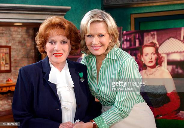 AMERICA Celebrating St Patrick's Day on GMA 3/17/04 Screen legend 83yearold Maureen O'Hara lights up the morning with stories from her book 'Tis...