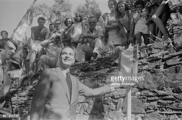 Celebrating the 30th anniversary of the allied landings in Provence Jacques Chirac visits Saint Raphael Saint Maxime and Rayol