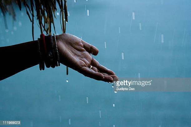 celebrating the rain - monsoon stock pictures, royalty-free photos & images