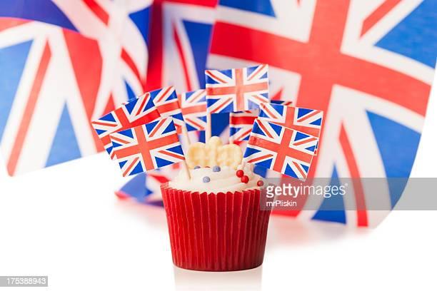 celebrating the uunited kingdom - british flag cake stock pictures, royalty-free photos & images