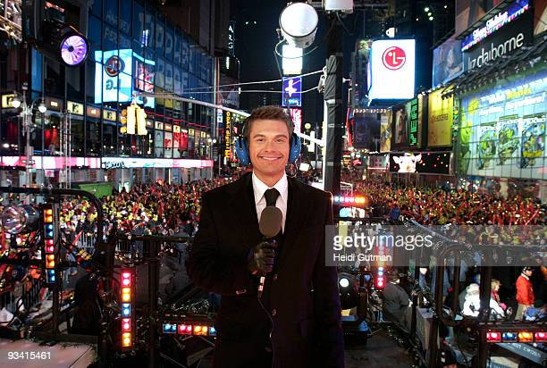 S NEW YEAR'S ROCKIN' EVE 2006 Celebration in New York City's Times Square 12/31/05 1/1/06 RYAN SEACREST debuts as cohost of the program which has...