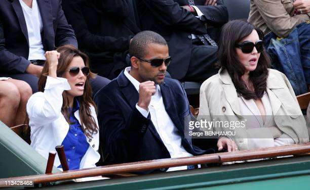 Celebrities At 2009 Roland Garros Tournament In Paris France On June 07 2009 Eva Longoria Tony Parker Isabelle Adjani