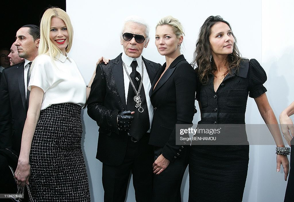 Celebrities at Chanel Fall-Winter 2009-2010 Ready to Wear Fashion Show in Paris, France On March 10, 2009. : News Photo