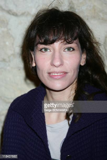 Celebrities At Corinne Cobson Fall-Winter 2009-2010 Ready To Wear Fashion Show In Paris, France On March 04, 2009 - Julie Debazac