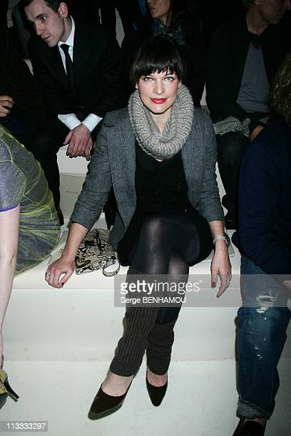 Celebrities At Louis Vuitton FallWinter 20082009 Ready To Wear Fashion Show In Paris France On March 02 2008 Milla Jovovich