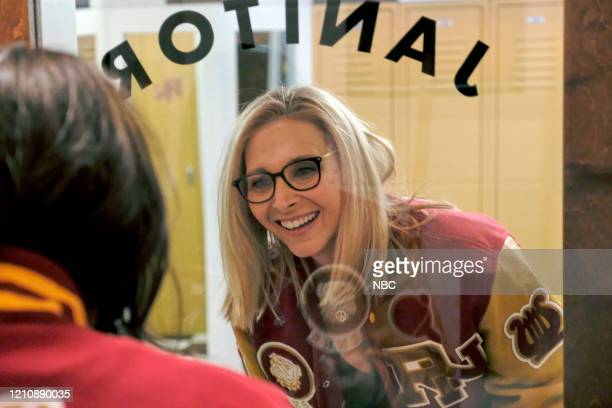 """Celebrity Escape Room"""" -- Pictured: Lisa Kudrow --"""
