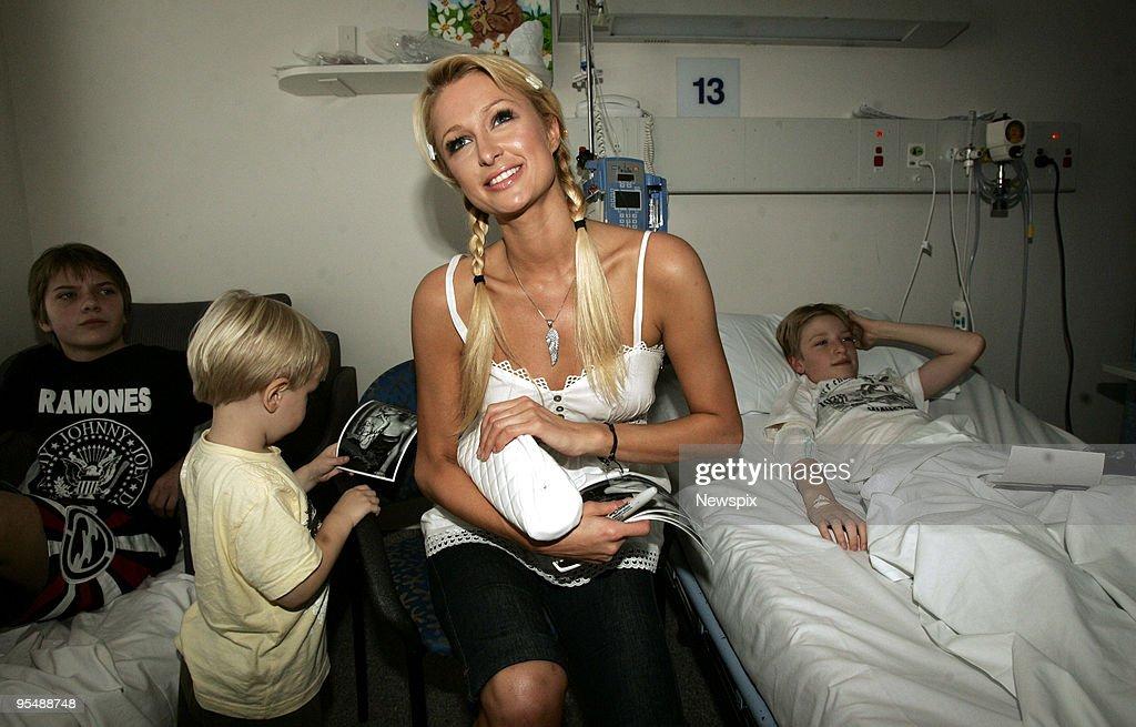 Paris Hilton Visits Sydney : News Photo