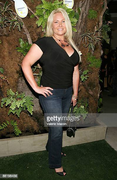 TV celebrity Robin Coleman arrives at the Pineapple Launch Event on June 3 2009 in Los Angeles California
