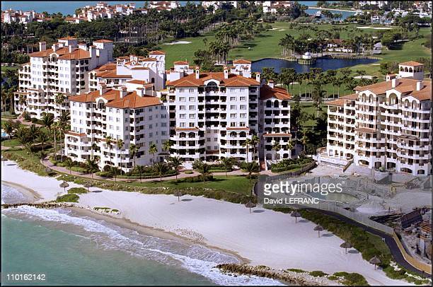 Celebs' mansions in Miami United States on February 09 2001 On very exclusive Fisher Island Boris Becker and Jim Courier own a residence