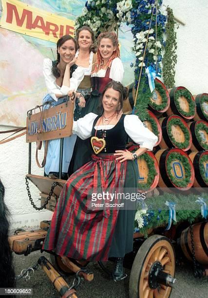 Celia Kim Leonore Capell Carolin Graller Berrit Arnold Feier zur 2000 Folge der ARDSerie Marienhof München BavariaFilmgelände Jubiläumsfolge Jubiläum...