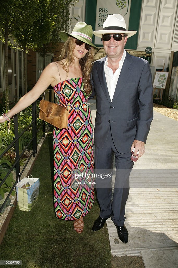 Celia Walden and Piers Morgan attend the Press & VIP preview at The Chelsea Flower Show at Royal Hospital Chelsea on May 23, 2010 in London, England.