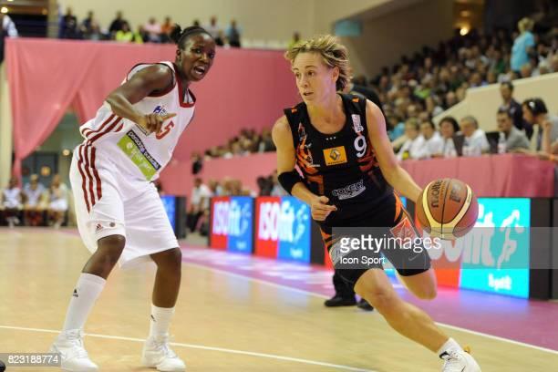 Celine DUMERC Bourges / Nice 1ere Journee de Championnat LFB OPEN LFB 2011 Stade Pierre de Coubertin
