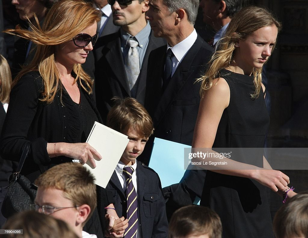 French TV Star Jacques Martin - Funeral : Photo d'actualité
