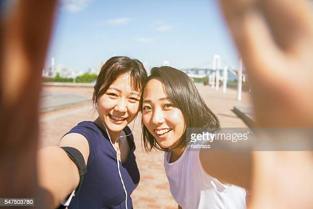 cellphone selfie image on our run - self portrait photography stock pictures, royalty-free photos & images
