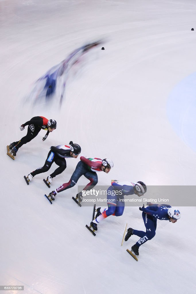 J R Celski of the United States leads the pack in the Men's 1000m quarter finals during day one of the ISU World Cup Short Track at EnergieVerbund Arena on February 4, 2017 in Dresden, Germany.