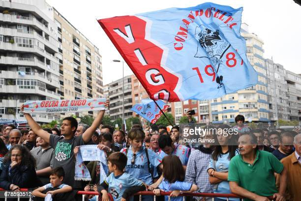 Celta Vigo fans await their team's arrival prior to kickoff during the UEFA Europa League semi final first leg match between Celta Vigo and...