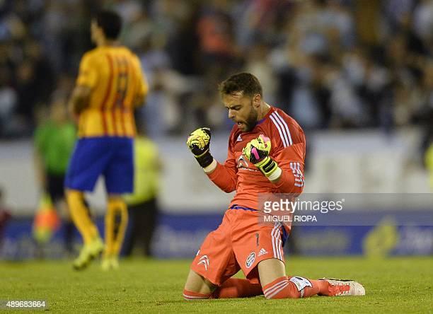 Celta Vigo's goalkeeper Sergio Alvarez celebrates a goal during the Spanish league football match Celta Vigo vs FC Barcelona at the Balaidos stadium...