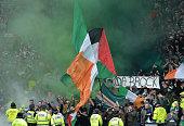 glasgow scotland celtic fans let flare