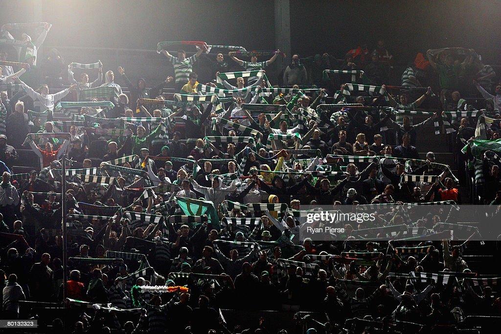 Barcelona v Celtic - UEFA Champions League : News Photo