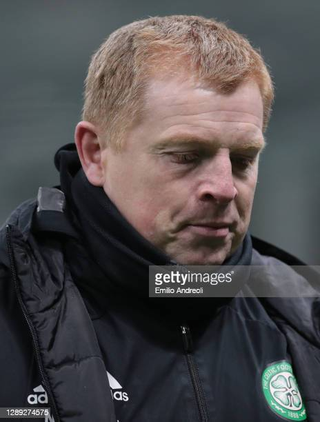 Celtic FC head coach Neil Lennon looks dejected during the UEFA Europa League Group H stage match between AC Milan and Celtic at San Siro Stadium on...