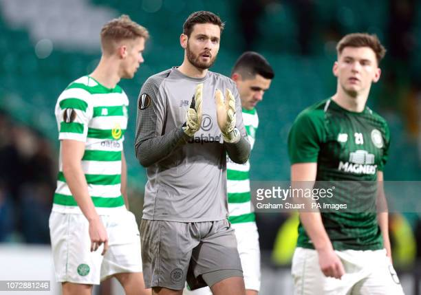 Celtic goalkeeper Craig Gordon applauds the fans after the UEFA Europa League Group B match at Celtic Park Glasgow