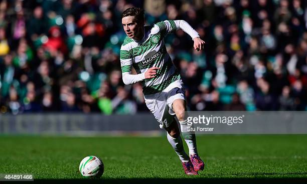 Celtic player Stefan Johansen in action during the Scottish Premiership match between Celtic and Aberdeen at Celtic Park Stadium on March 1 2015 in...