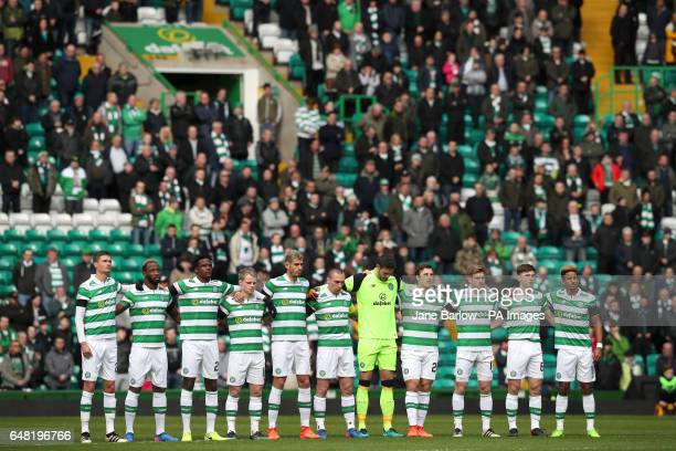 Celtic players hold a minutes silence in memory of Tommy Gemmell during the Ladbrokes Scottish Premiership match at Celtic Park Glasgow