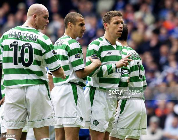 Celtic players John Hartson Henrik Larsson Alan Thompson and Jackie McNamara line up in a defensive wall during the Bank of Scotland Scottish Premier...