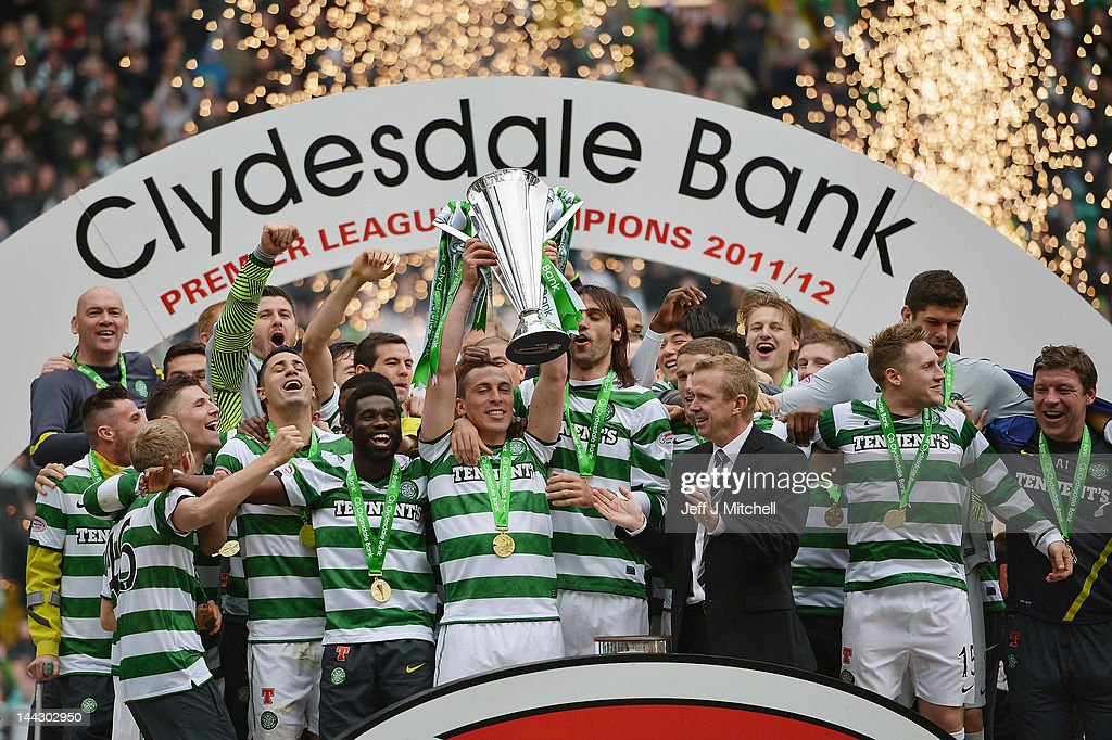 Celtic players lift the Clydesdale Bank Premier League trophy following the Clydesdale Bank Premier League match between Celtic and Hearts, at Celtic Park on May 13, 2012 in Glasgow, Scotland.