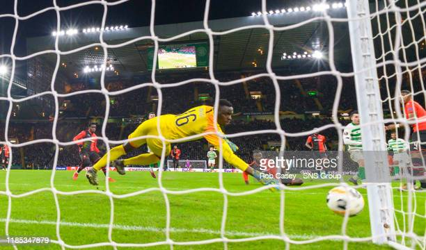 Celtic's Lewis Morgan makes it 1-0 during the UEFA Europa League Group E match between Celtic and Stade Rennes at Celtic Park on November 28 in...