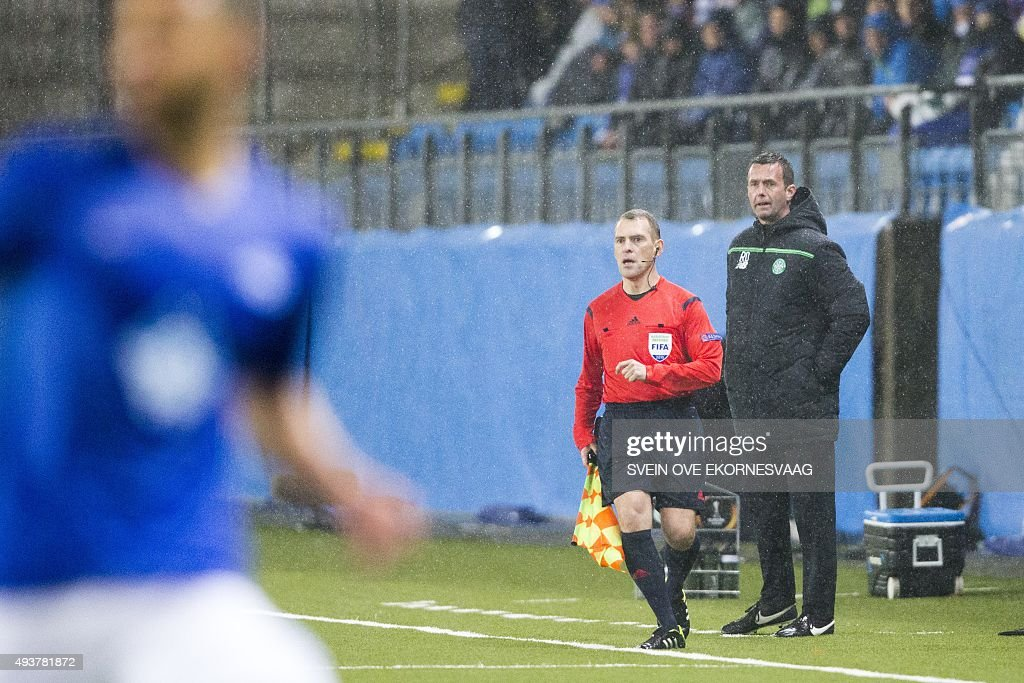 Celtic's manager Ronny Deila reacts during the UEFA Europa Leage football match Molde FK vs Celtic FC in Molde on October 22, 2015.