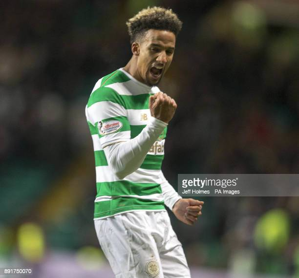 Celtic's Scott Sinclair celebrates scoring his side's third goal of the gameduring the Ladbrokes Scottish Premiership match at Celtic Park Glasgow