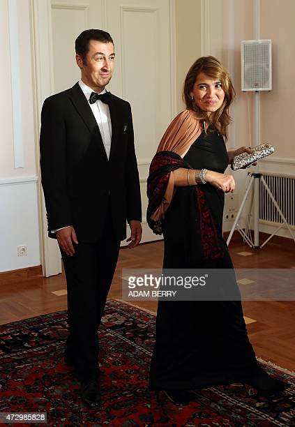 Cem Oezdemir cochairman of the Green Party and his wife Pia Maria Castro arrive for a reception line at the presidential Bellevue Palace in Berlin on...