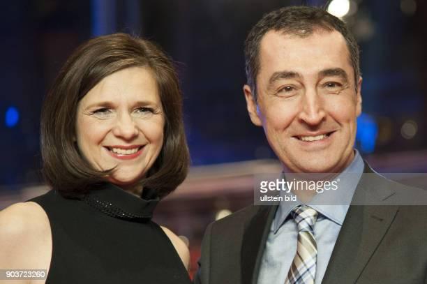 Cem Özdemir und Begleitung anlässlich der Eröffnung der 67 Berlinale mit dem Film DJANGO