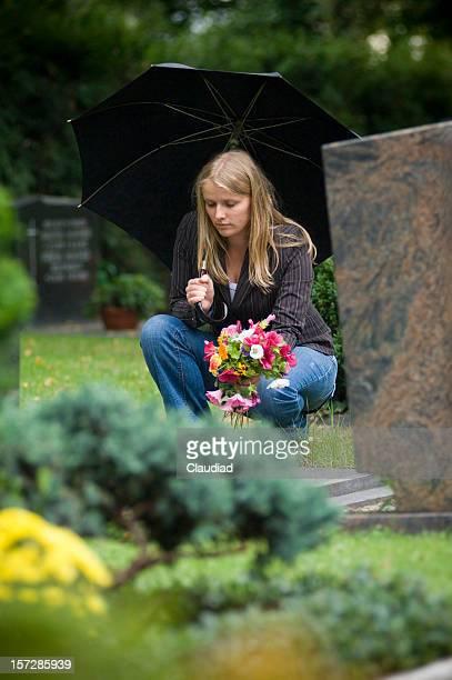 cementary - grab stock-fotos und bilder