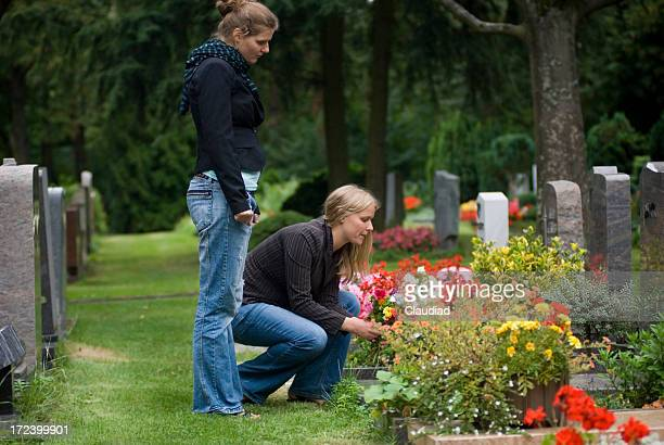 cementary - place of burial stock pictures, royalty-free photos & images