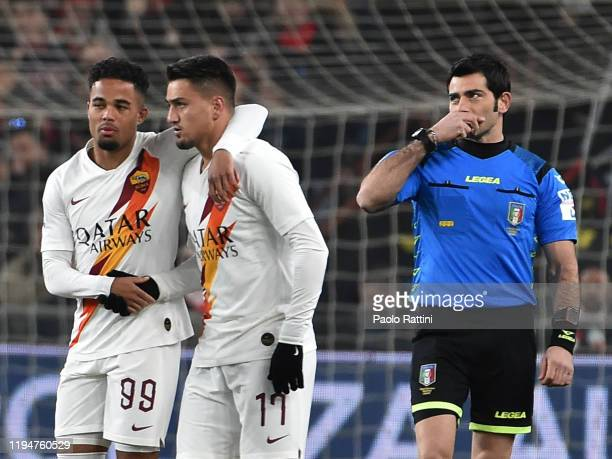 Cengiz Under of AS Roma celebrates after scoring his first goal during the Serie A match between Genoa CFC and AS Roma at Stadio Luigi Ferraris on...