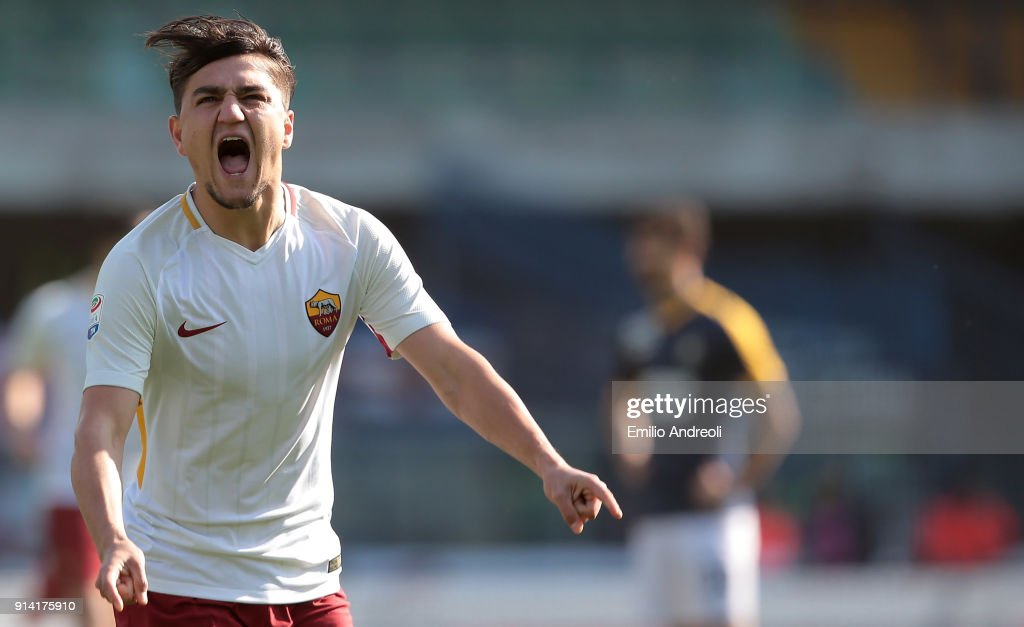 Cengiz Under of AS Roma celebrates after scoring the opening goal during the serie A match between Hellas Verona FC and AS Roma at Stadio Marc'Antonio Bentegodi on February 4, 2018 in Verona, Italy.