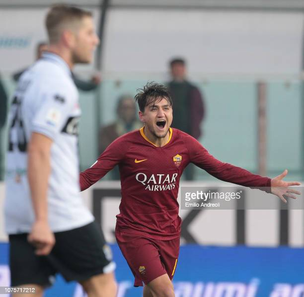Cengiz Under of AS Roma celebrates his goal during the Serie A match between Parma Calcio and AS Roma at Stadio Ennio Tardini on December 29 2018 in...