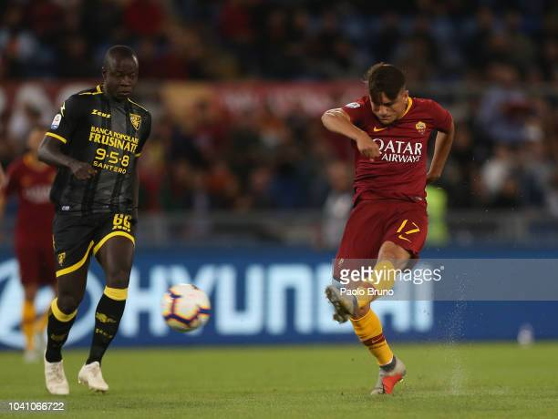 Cengiz Under of AS Roma scores the opening goal during the Serie A match between AS Roma and Frosinone Calcio at Stadio Olimpico on September 26 2018...