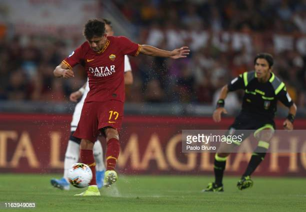 Cengiz Under of AS Roma scores the opening goal during the Serie A match between AS Roma and Genoa CFC at Stadio Olimpico on August 25 2019 in Rome...