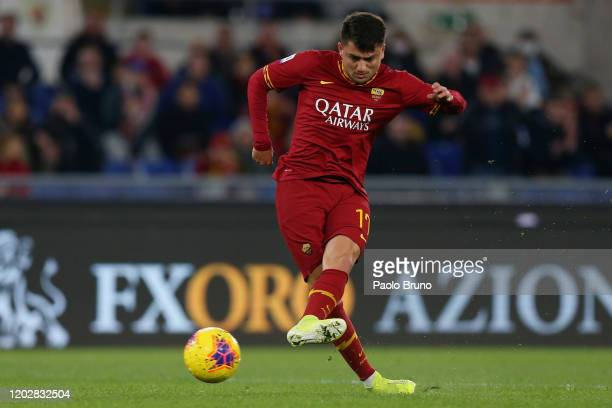 Cengiz Under of AS Roma scores the opening goal during the Serie A match between AS Roma and US Lecce at Stadio Olimpico on February 23, 2020 in...