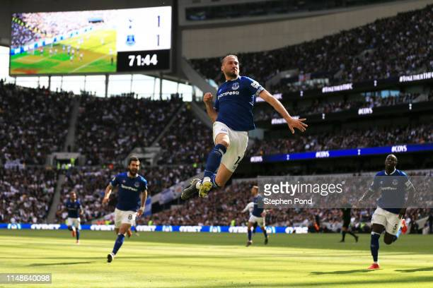 Cenk Tosun of Everton celebrates after scoring his team's second goal during the Premier League match between Tottenham Hotspur and Everton FC at...